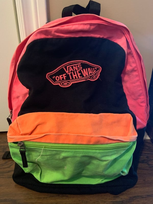 Vans Off The Wall Backpack 4a4dce8d-7c15-454c-bd8c-033dbec06342