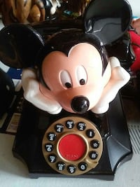 Mickey Mouse rotary phone