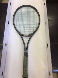 WIMBLEDON TENNIS RACQUET  WITH STRING