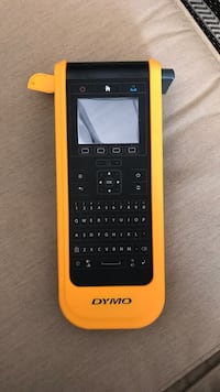 DYMO XTL 300 Label Maker Brand new with case 1958 km