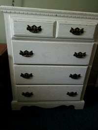 Antiqued white dresser  Warrenton, 20186