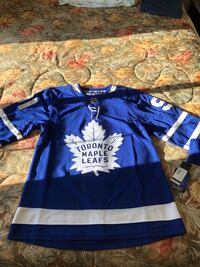 Brand New with tags Men's Size 46 (Small) Toronto Maple Leafs jersey Toronto, M8Z 3Z7