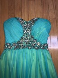 Women's Prom Dress St. Catharines, L2T 2L1