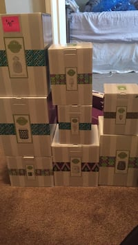 Scentsy warmers, used and new prices vary from 15 to 35$ Edmonton, T6C 2W5