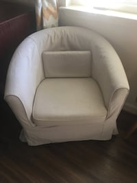 Accent chairs  Fort Belvoir, 22060