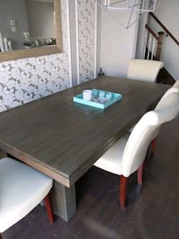 Dining table with bench (chairs sold separately) pick up only Laval, H7Y 0B9