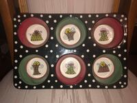 PIER ONE DECORATIVE MUFFIN TRAY North Dumfries, N0B