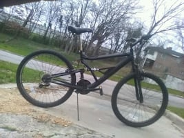 26 inch 18 speed mountain  bike/will deliver