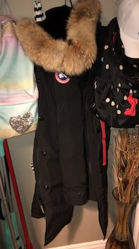 black and brown button-up parka hoodie