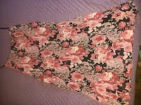 Size small skirt Leicester, 28748