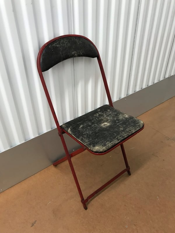 Vintage folding chair 2