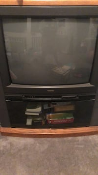 black CRT TV with TV stand El Paso, 79907
