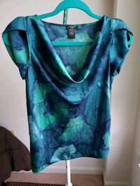 Silk top. Pls check my other items. Fairfax, 22030
