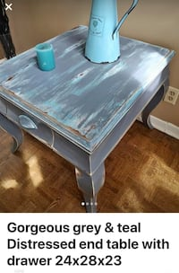 Beautiful painted end/coffee table