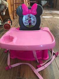 Baby's pink and white high chair Winter Park, 32789