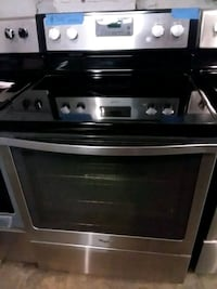 Stainless steel stove electric excellent condition Baltimore, 21223
