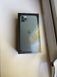 iPhone 11 Pro Max ( Negotiable)