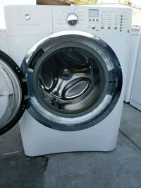 nice and clean washer machine electrolux  North Las Vegas, 89030