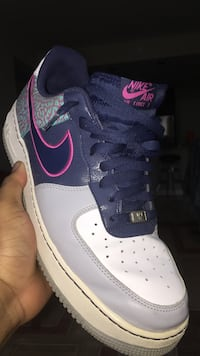 Gray white black and pink nike air force 1 low 26 mi