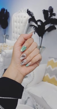 acrylic nail only $44 Burnaby