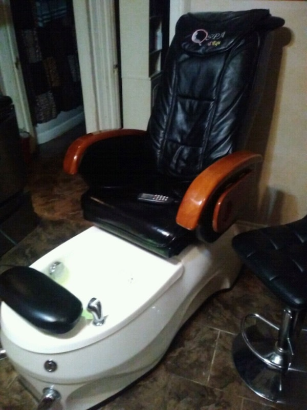 Used Pedicure Chairs For Sale >> Used Pedicure Chair For Sale In Windsor Letgo