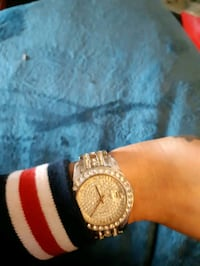 Super blingy gold n silver watch  St. Albert, T8N 7B3