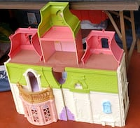 Fisher Price Loving Family dollhouse Mississauga, L5B 3Y1