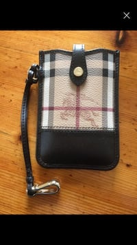 Burberry deksel iPhone 5s. Ubrukt Larsnes, 6084