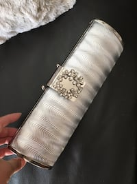 Brand new Silver and diamond clutch purse Newmarket, L3Y 5T5