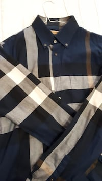 Burberry Button Up Whitby, L1R 3H8