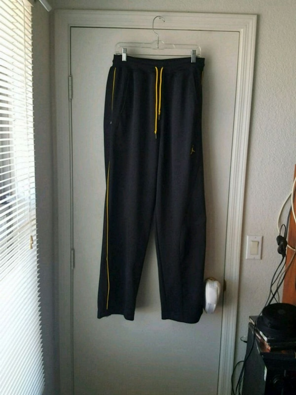 8a606c98ce7008 Used Jordan black pants extra large for sale in Chandler - letgo