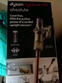Dyson top of Line MODEL Absolute Cyclone V10 Nashville, 37115
