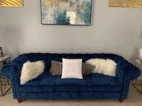 Blue Sofa Suitland, 20746