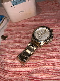 Gold Men's Fossil watch Toronto, M3M 2S1