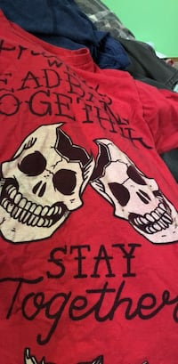 """paramore """"friends who headbang together, stay together"""" t shirt Middletown, 06457"""