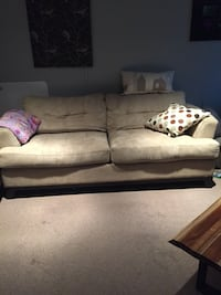 Couch and matching loveseat  Kitchener