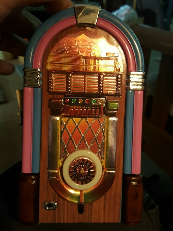 Jim Beam Wurlitzer Jukebox Decanter