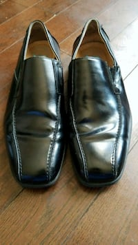 pair of black leather dress shoes  Mississauga, L5L 1S5