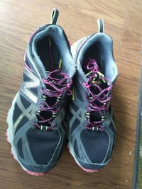 pair of gray-and-pink running shoes Victoria, V8W 2G5