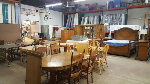 Thrift Store Furniture Beds Appliances And More Usage A Vendre A