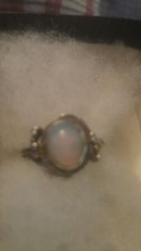 Antique victorian silver  ring with moonstone