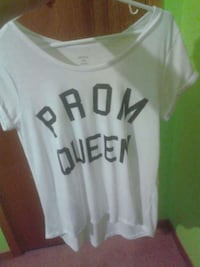 white and black Prom Queen scoop neck shirt Kingsclear, E3E
