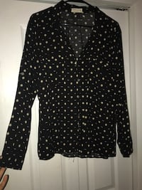 Black button up - Large