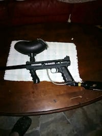 black and gray paintball marker Clyde, 28721
