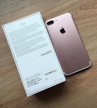 iphone 7 Plus with box