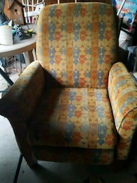 brown and green floral reclining chair Cleveland, 44109