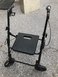 Walker with seat $45 Taneytown, 21787