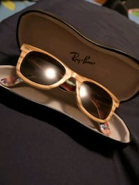 Ray•Ban sunglasses with case 1960 km