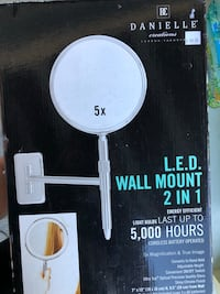 Led wall mount mirror