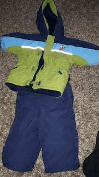 EUC Please Mum snowsuit  2t & accessories Vaughan, L4L